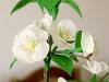 Gałązka z kwiatami wiśni 2 - kwiaty z bibuły